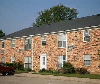 Building, Village Apartments of Summitville