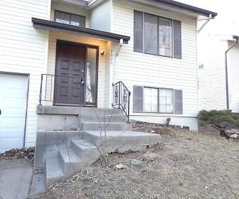 Building, 7806 N Oregon Ave.