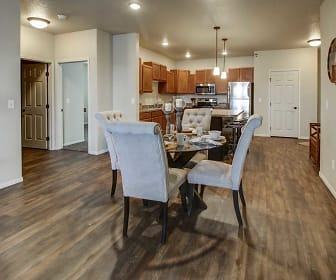 Lakewood Crossing Apartments, Mandan, ND