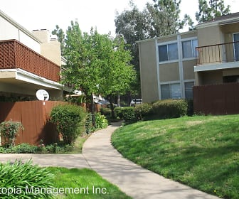 475 N. Midway Unit #114, Midway, Escondido, CA