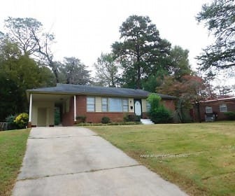913 Oakview Circle, Lipscomb, AL