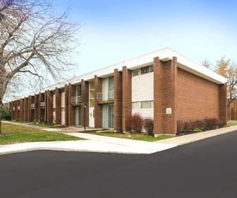 Front Exterior and Off-Street Parking, Amherst Manor Apartments