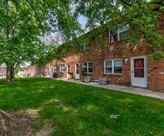 Sassafras Hill Apartments, Indiana University Bloomington, IN