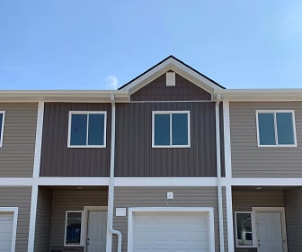Building, Apple Valley Townhomes