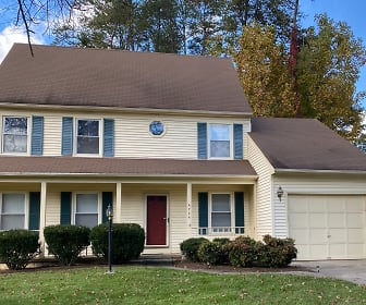 4744 Shadow Woods Court, Linton Hall, VA
