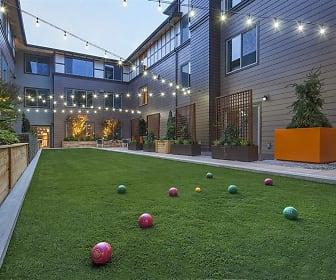 Six Oaks Apartments, Bothell, WA