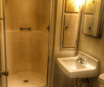 Bathroom, 900 Fourteenth Street NW