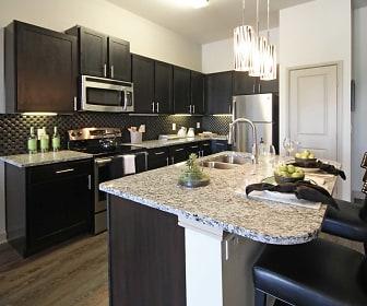 Kitchen, Fountain Pointe Las Colinas