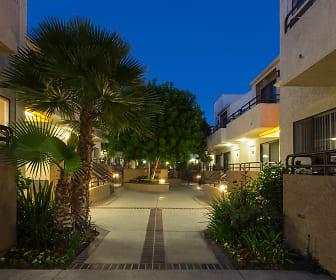 Courtyard, NMS Northridge
