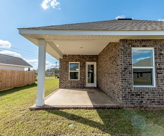 8486 Twenty One Oaks Dr, West Pensacola, FL