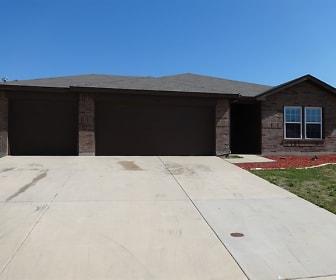 1413 Feather Crest Drive, Ponder, TX
