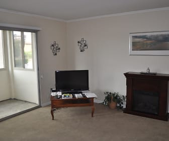 2530 Clairemont Drive #101, Northern San Diego, San Diego, CA