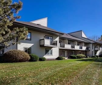 Pine Cove Apartments, Rutland, WI