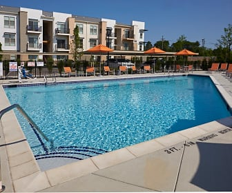 Pool, Five Points Apartments