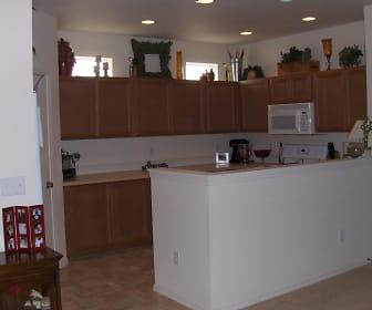 kitchen.jpg, 4404 Edgewater Blvd NE