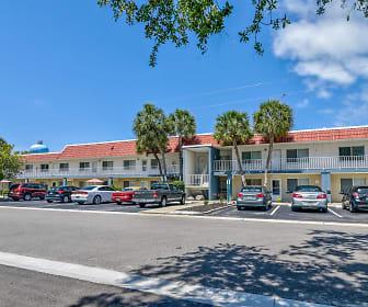Rialto Apartments, South Venice, FL