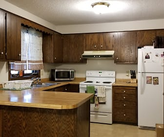 1207 State St, Hager City, WI