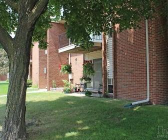 Macomb Manor, Clinton Township, MI