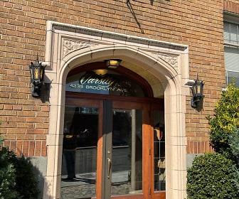 4235 Brooklyn Ave unit #101, Lincoln High School, Seattle, WA