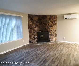 Living Room, 905 & 907 South 70th