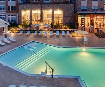view of swimming pool, Avalon Piscataway
