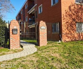 1386 Bryant St NE Unit 202, Northeast Washington, Washington, DC