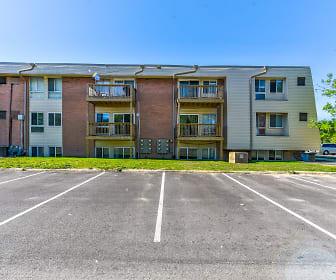 Whispering Oaks Apartments, Maize Morse, Columbus, OH