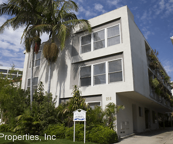 216 Gale Dr, Beverly Hills, CA