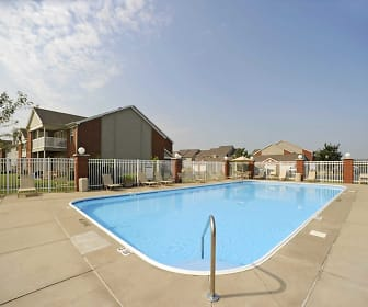 Pool, Lakeshore Apartments