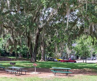 Glen Oaks Apartments, Winewood, Tallahassee, FL
