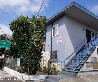1351 W. 20th Street, South Burlington Avenue, Los Angeles, CA