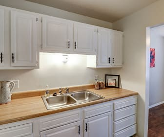 Kitchen, Diamond Valley Apartment Homes