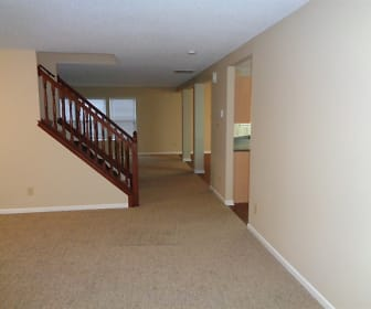 626 Hickory Pine Drive, Whiteland, IN