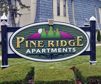 Building, Pine Ridge Apartments