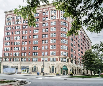7100 South Shore, City Colleges of Chicago  Olive  Harvey College, IL