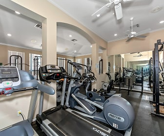 Fitness Weight Room, Saddle Brook Apartments