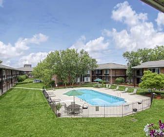 Huntington House Apartments, Detroit Business Institute  Downriver, MI