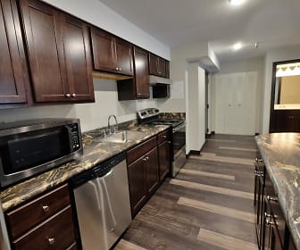 Clubhouse, Dupont Avenue Apartments