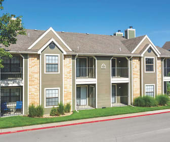 Sherwood Apartments, Maple Hill, KS