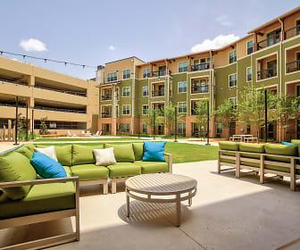 Patio / Deck, Arlington Commons