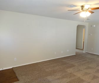 Living Room, 7711 Saddle Run