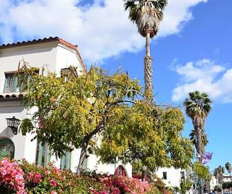 Plaza Riviera, Santa Barbara, CA