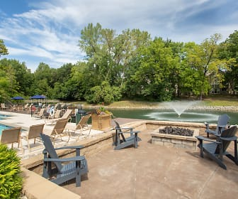 The Retreat at Walnut Creek, Claycomo, MO