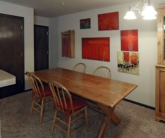 Dining Room, Spring Lake Apartments (WI)