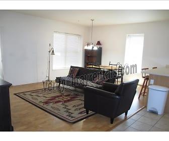 1 1212 Walnut Ave #3 living room .jpg, 1212 Walnut Ave #3