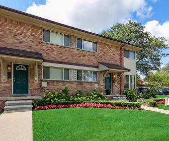 Arlington Apartments & Townhomes, Ross Medical Education Center  Warren, MI
