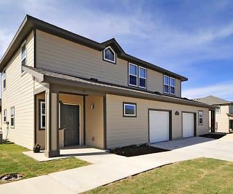 Building, Oak Manor Villas- Big Spring