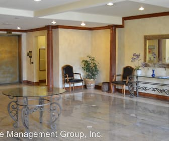 353 S. Reeves Dr. Unit #202, Beverly Hills, CA