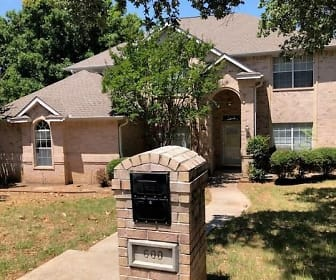 600 Pine Meadow Ct, 76012, TX