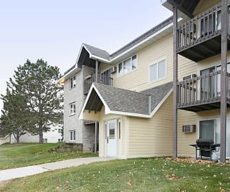 Woodridge Apartments, Northfield, MN